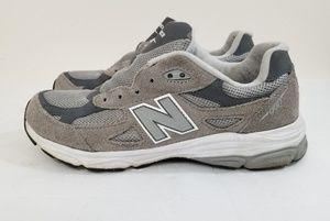 New Balance 990 gray size 6.5 boys womens 8
